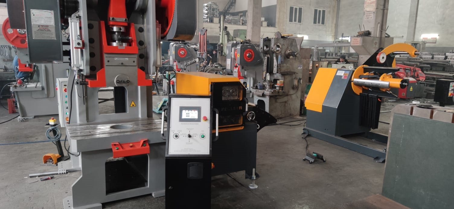 160 T Mechanical Press with Servo-driver and Decoiler