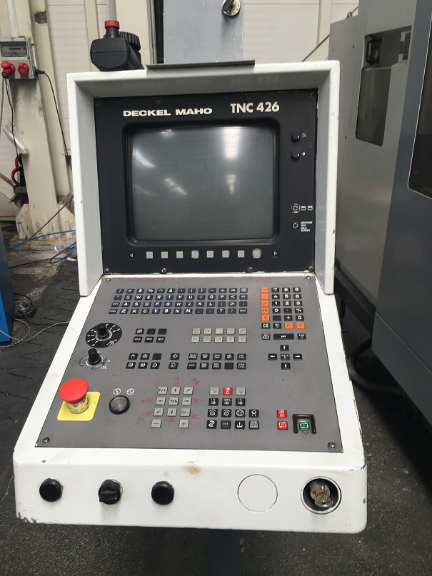 Deckel Maho CNC VMC